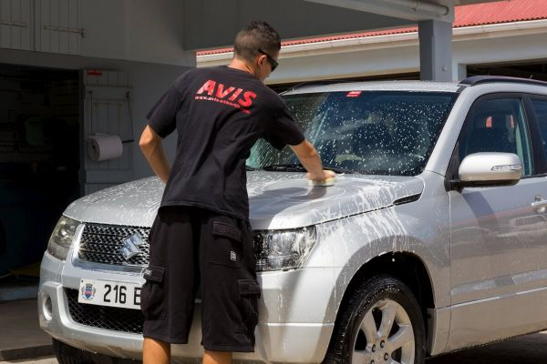Eco friendly car wash, with organical cleaning agents and recycled water.