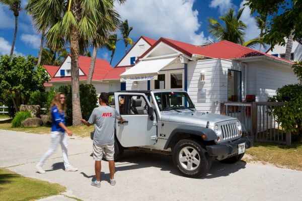 Hotel delivery and pickup at St. Barth
