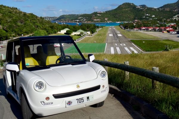 Bee Bee electric open car St. Barth